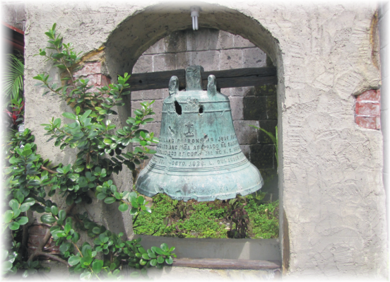 Under the peel of the bell